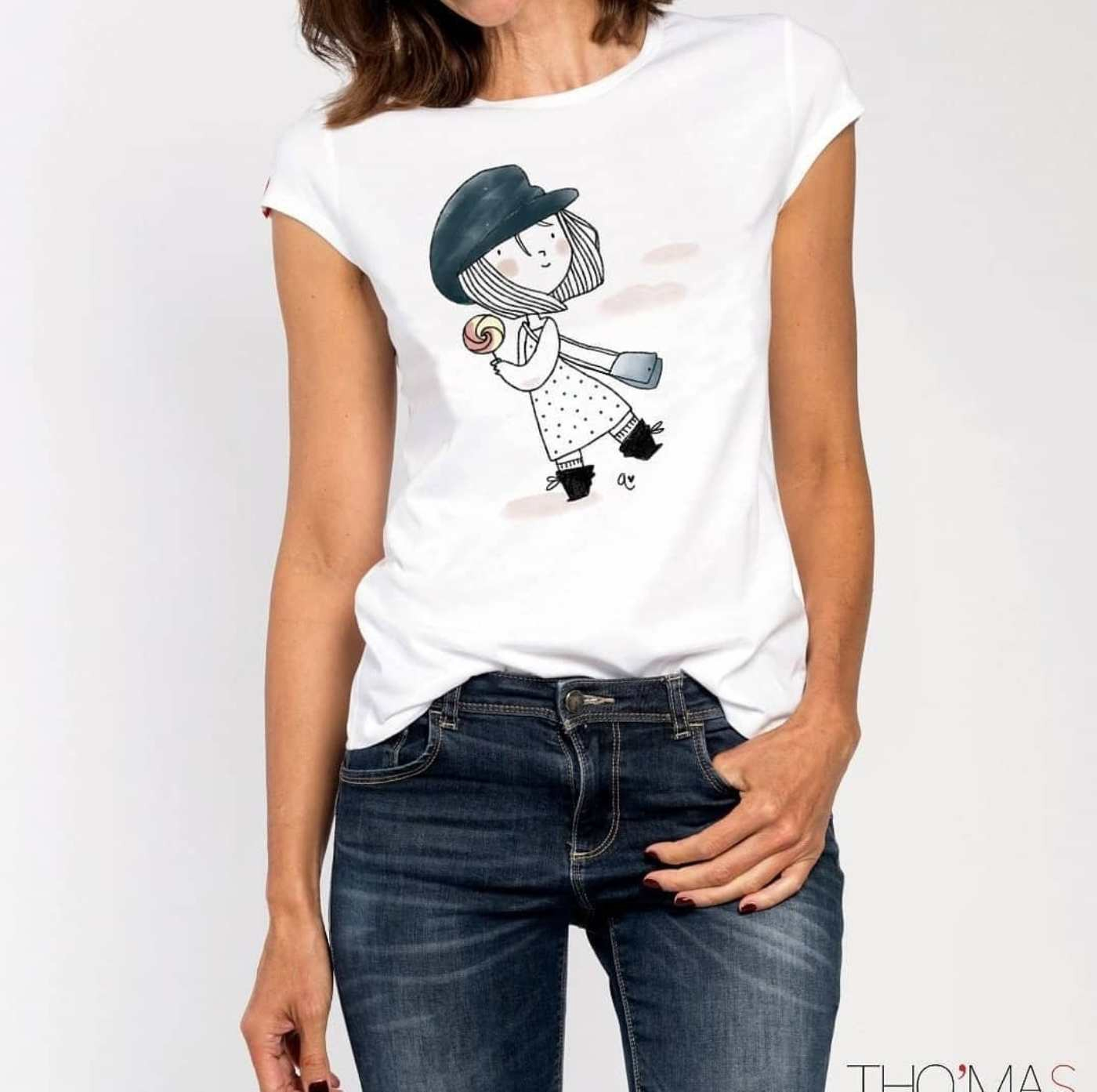 Illustrations of a Girl Painting on T Shirt